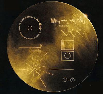 Είναι λάθος ο χρυσός δίσκος που στείλαμε στους εξωγήινους;