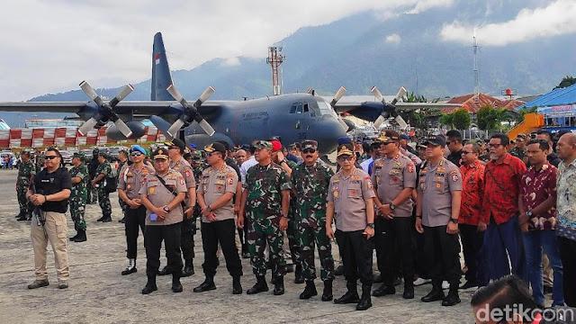 Panglima TNI-Kapolri Hadiri Latihan Pasukan Pemukul Reaksi Cepat di Jayapura