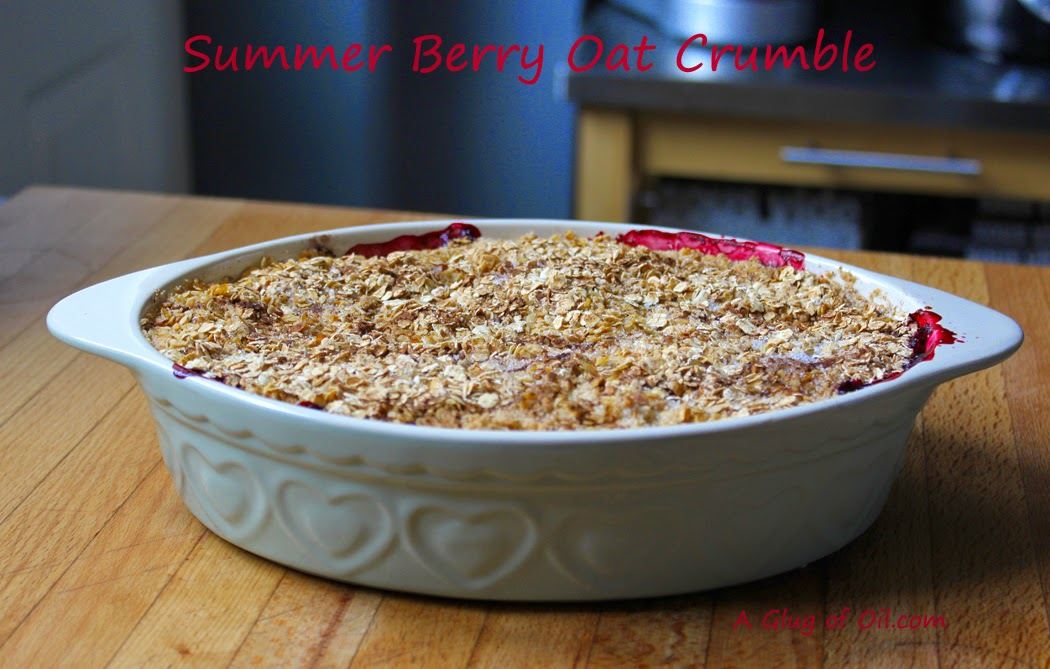 Summer Berry Oat Crumble in dish
