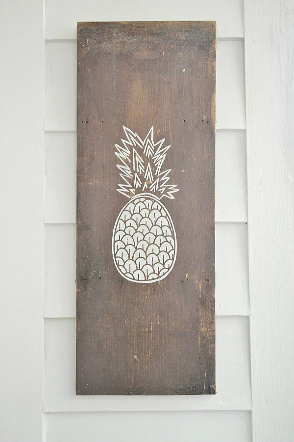 Pineapple Wood Sign by Liz Marie Blog