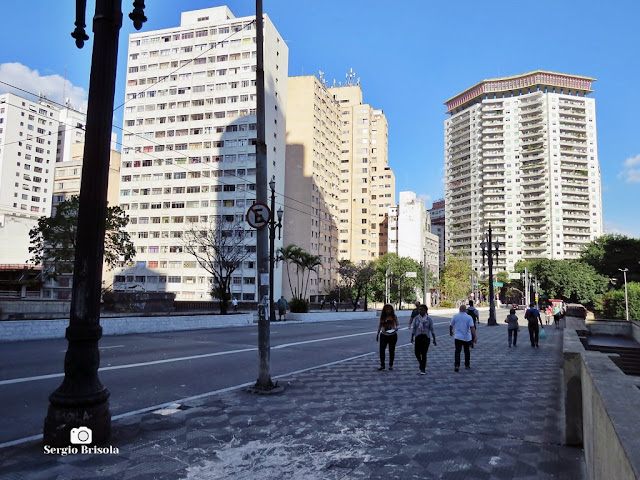 Vista ampla do Viaduto Nove de Julho - Consolação - São Paulo