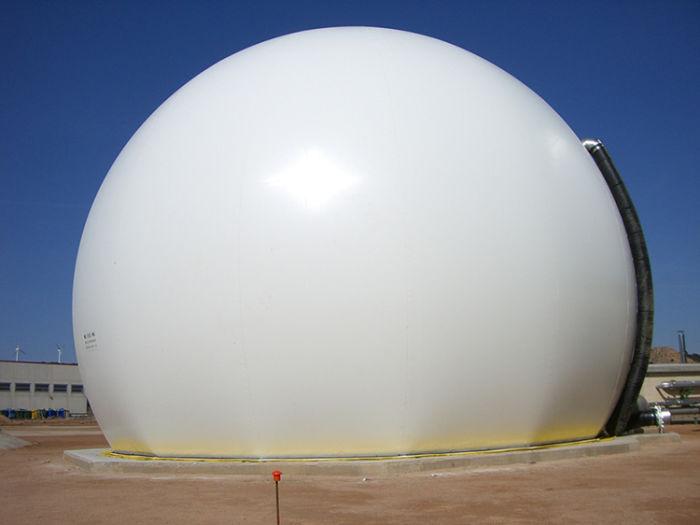 Biodigestor moderno utilizado en planta de biogás