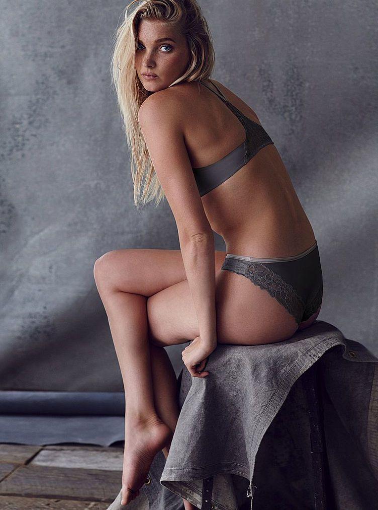 Vs Fashion Show  Elsa Hosk