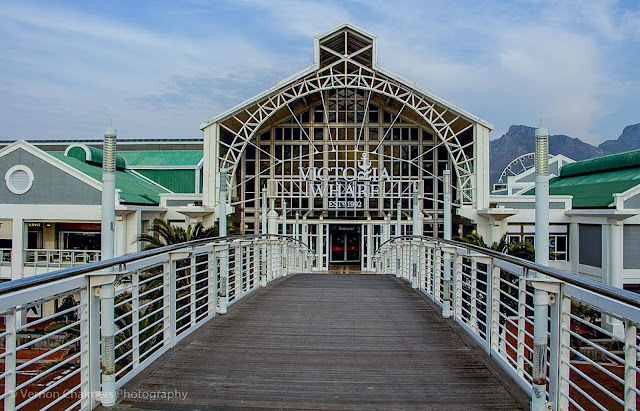 Canon EF-S 10-18mm IS STM Ultra-Wide Lens V&A Waterfront Cape Town - Entrance