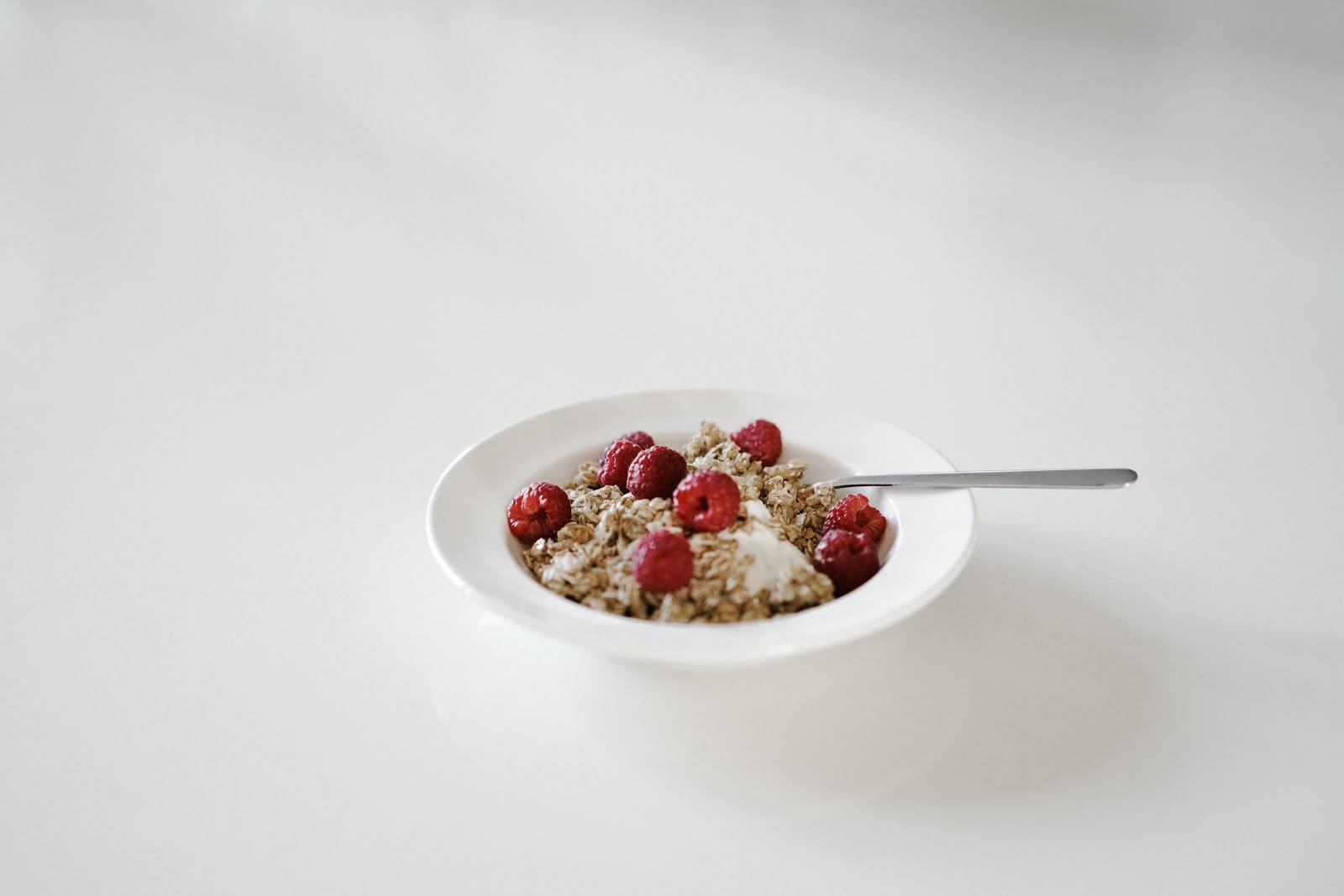 Adopting a Minimalist Diet