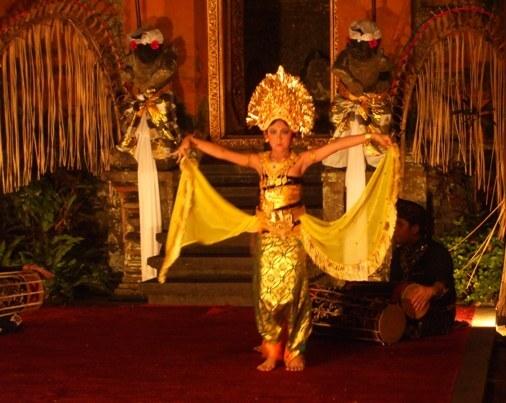 Oleg Tamulilingan Dance Bali, Tari Oleg Tamulilingan Bali, Bumblebee Dance Bali, Dance of The Bumblebees