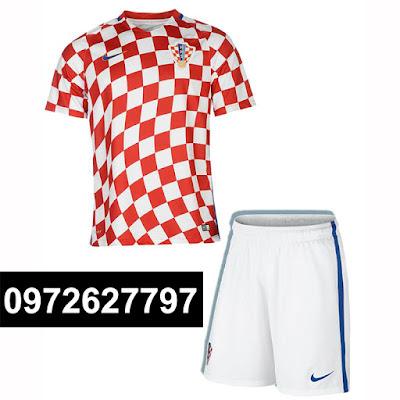 Croatia caro đỏ trắng