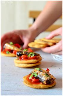 sardinas brasa conserva de pescado conserva de pescados sardinas fritas sardina frita sardinillas fritas sardinas escabechadas asar sardinas