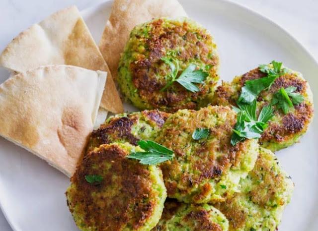Vegan & Gluten-free Green Falafel #vegan #appetizers