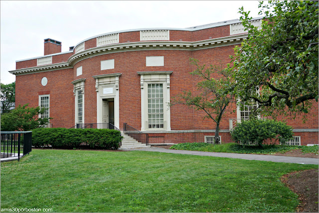 Houghton Library, Campus Principal de la Universidad de Harvard