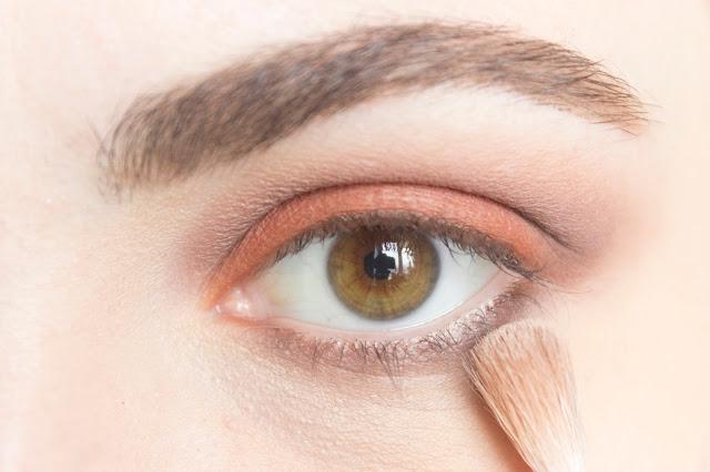 Макияж глаз в тёплой гамме с палеткой Venus Lime Crime: шаг 10