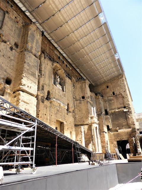 Fachada escénica del Teatro Romano de Orange