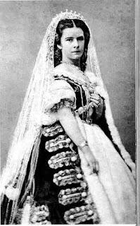 Elisabeth Amalie Eugenie, Herzogin in Bayern  Kaiserin von Österreich und ab 1867 Apostolische Königin von Ungarn.