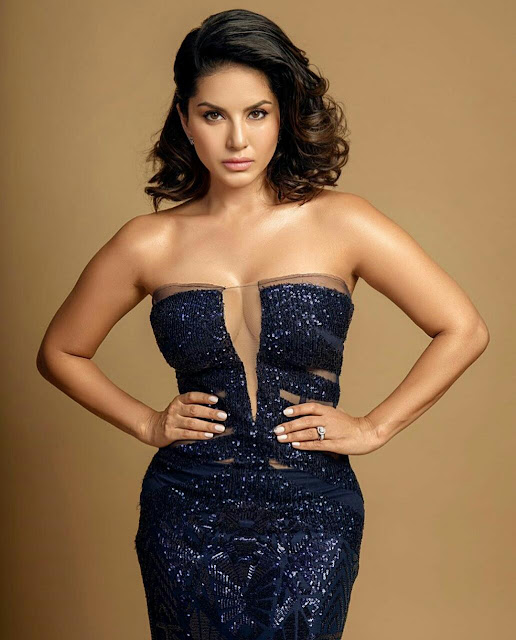 Sunny Leone Hot Sexy Wallpaper Download Image Pictures HD