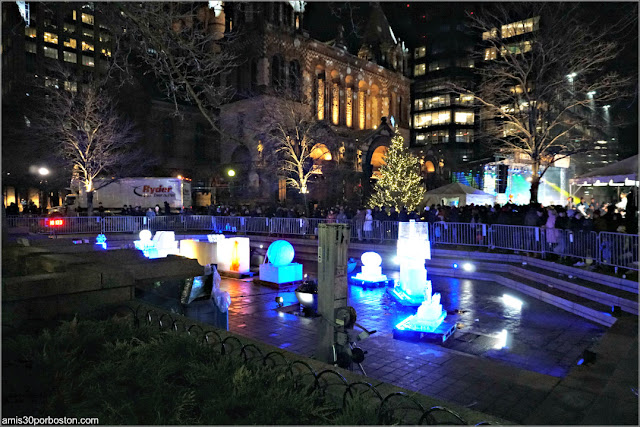 Escultura de Hielo de la First Night de Boston en Copley: 400 Aniversario de Plymouth