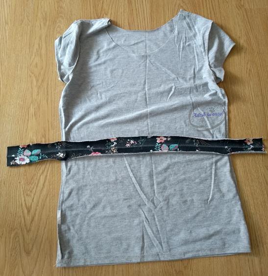 DIY obszycie dekoltu w bluzce - Adzik tworzy