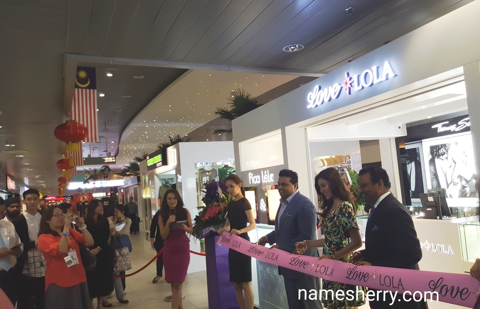 Namesherry Js Group Launched Love Lola Skypark Terminal Batik Wanita Coklat Bc 40 By Nby
