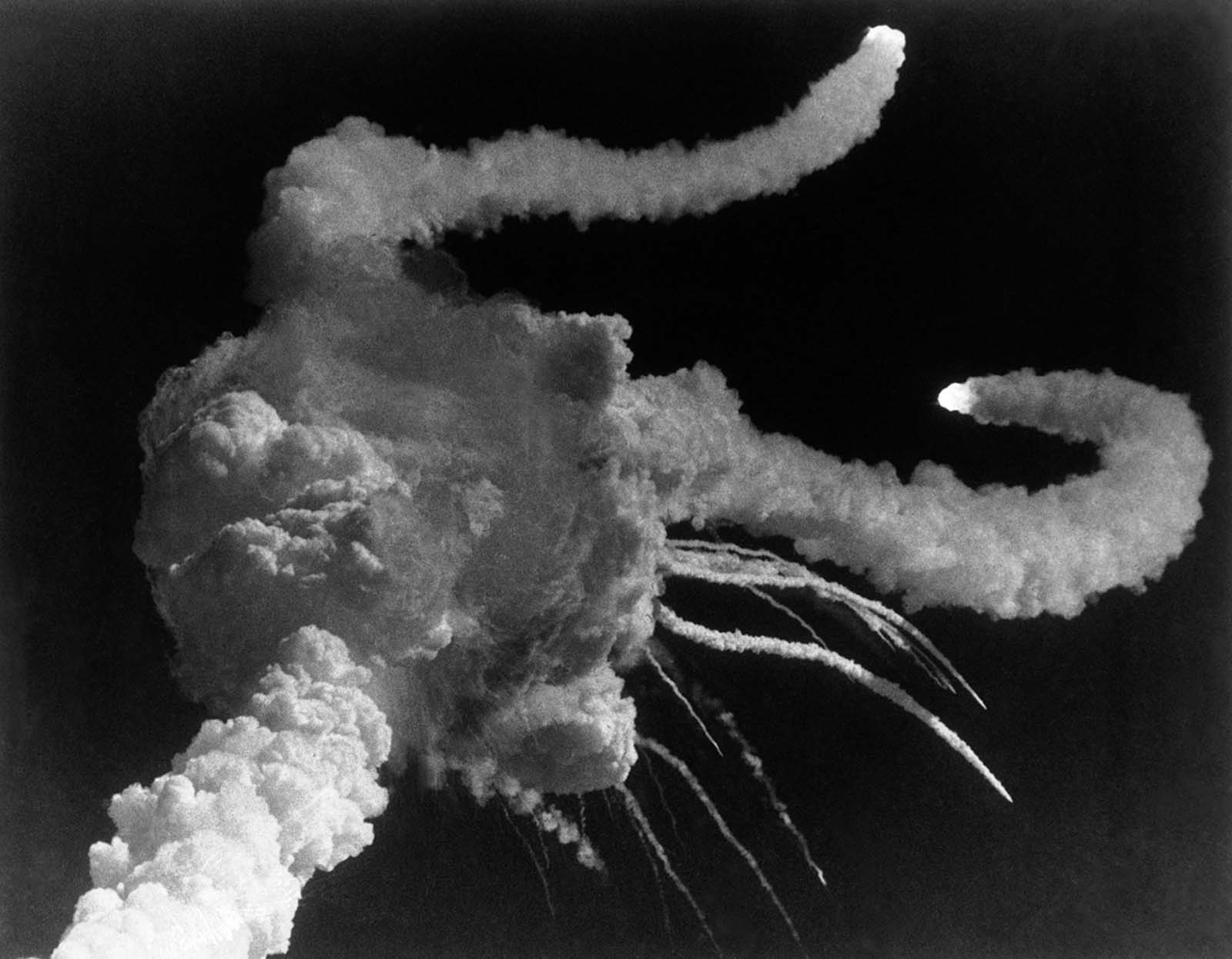 challenger disaster pictures
