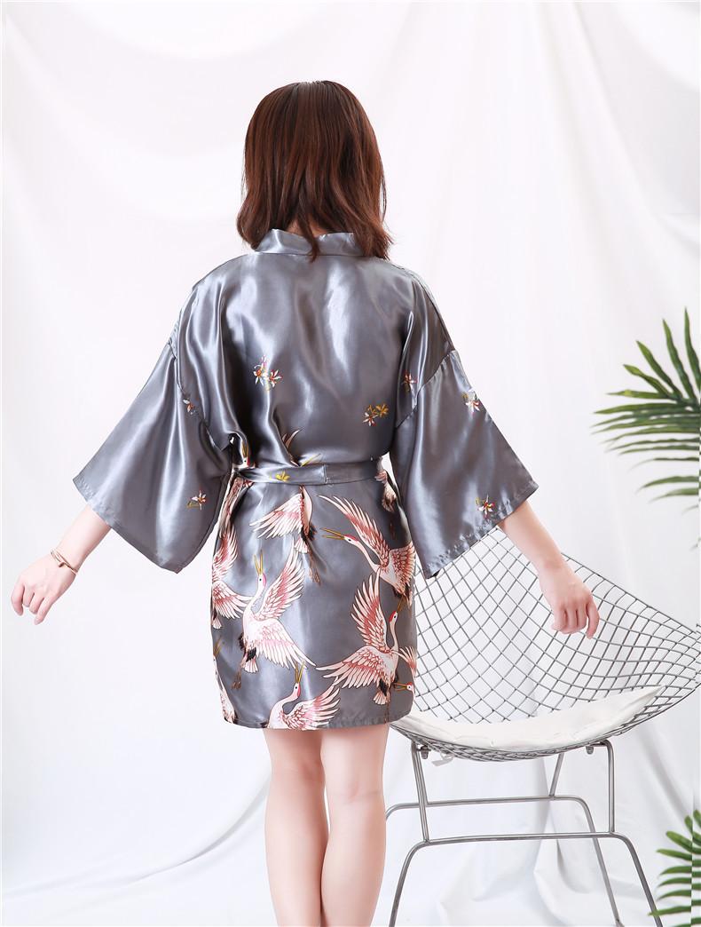 Áo choàng tắm, áo khoác ngủ nữ phi lụa sang trọng 2