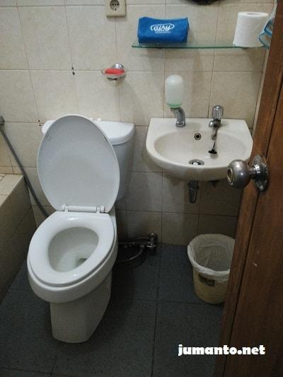 kamar mandi airy rooms eco syariah dago atas bandung