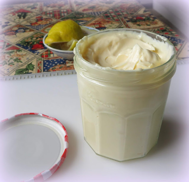 Almost Instant Mayonnaise