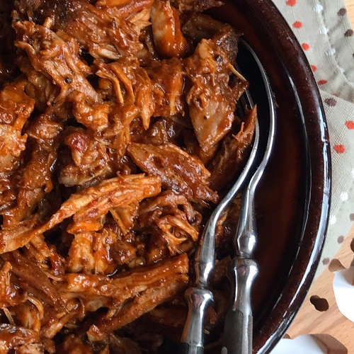 Turbo-Pulled Pork in 100 Minuten aus dem Backofen