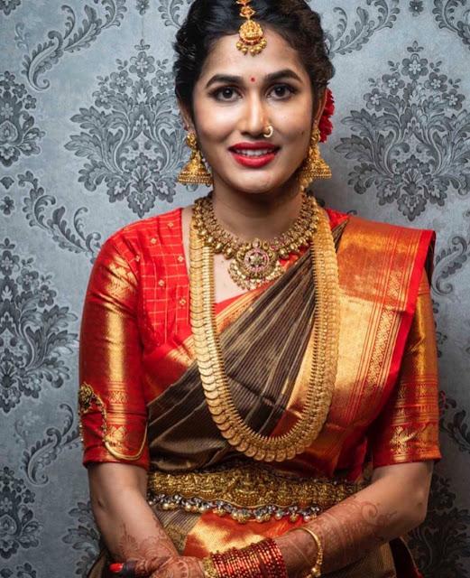 Bride in Grand Kasu Mala Astalaxmi Vaddanam