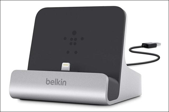 كيفية الحفاظ على أسلاك شواحن الهواتف الذكية من الكسر والتلف Belkin_chargesync.jpg.pagespeed.ce.HYXMdsCHCu