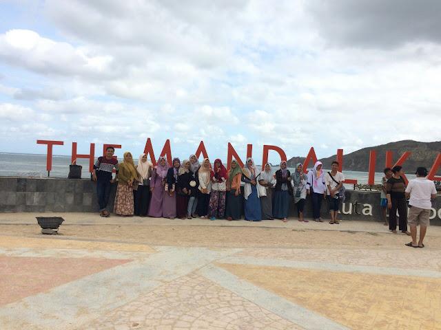 Pantai kuta mandalika lombok