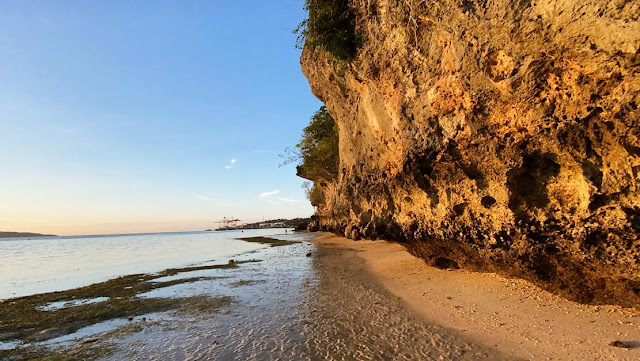 pantai air dao kupang