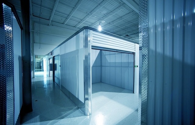 benefits climate controlled storage locker units