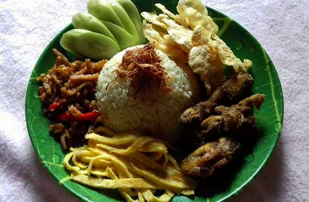 Nasi Uduk Gurih (cookpad.com)