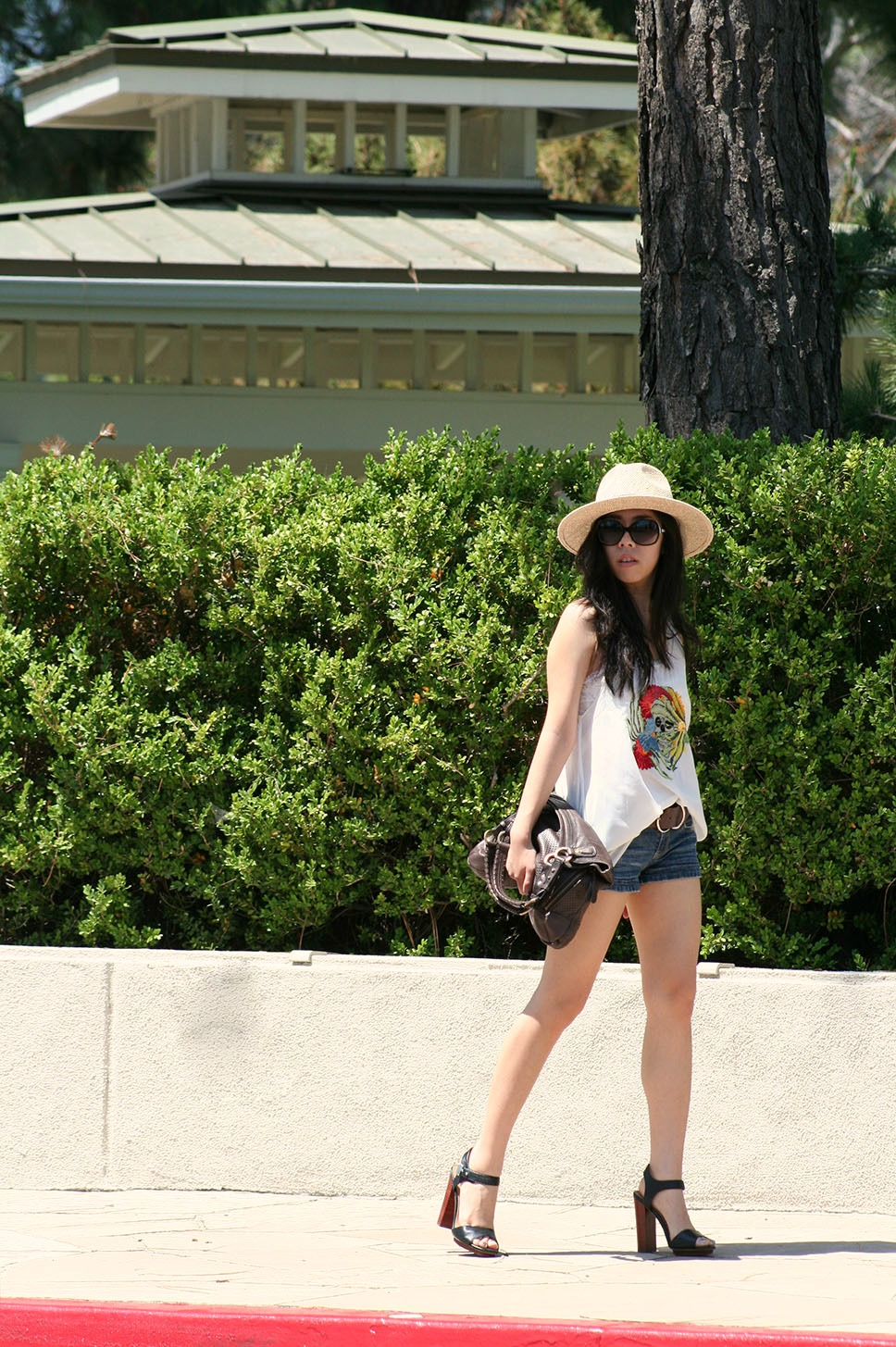Adrienne Nguyen_Invictus_Fashion Blogger_How to Wear a Panama Hat_What to wear with a ferdora