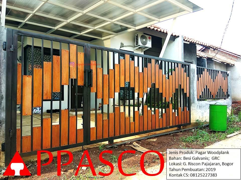 Pagar Cantik Motif Woodplank Besi Galvanis di G Riscon Pajajaran