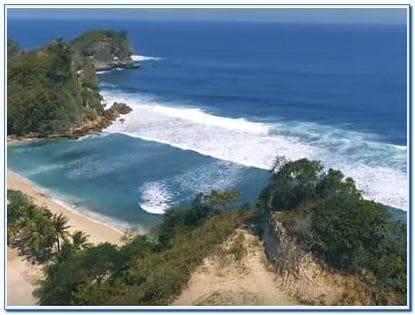 Wisata pantai Batu Bengkung Malang