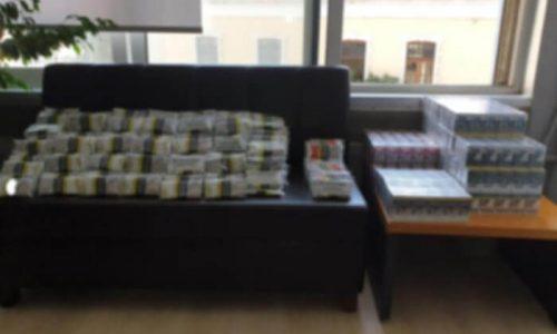 Στο πλαίσιο στοχευμένων ελέγχων για την πάταξη του λαθρεμπορίου καπνικών προϊόντων, συνελήφθησαν στα Ιωάννινα, από αστυνομικούς της Υποδιεύθυνσης Ασφάλειας Ιωαννίνων, δύο αλλοδαποί, υπήκοοι Συρίας, σε βάρος των οποίων σχηματίσθηκε δικογραφία για παράβαση του Εθνικού Τελωνειακού Κώδικα.