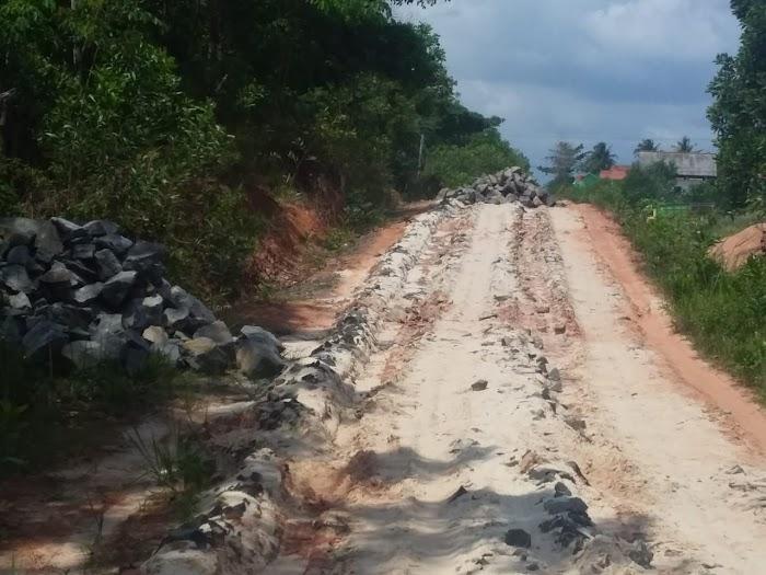 Diduga Pekerjaan Onderlagh Tiyuh Jaya Murni di Duga Tidak Sesui RAB