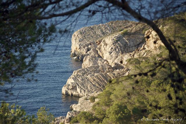 Acantilados - Ibiza por El Guisante Verde Project