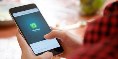 Quoting WhatsApp message renders 'delete' feature ineffective