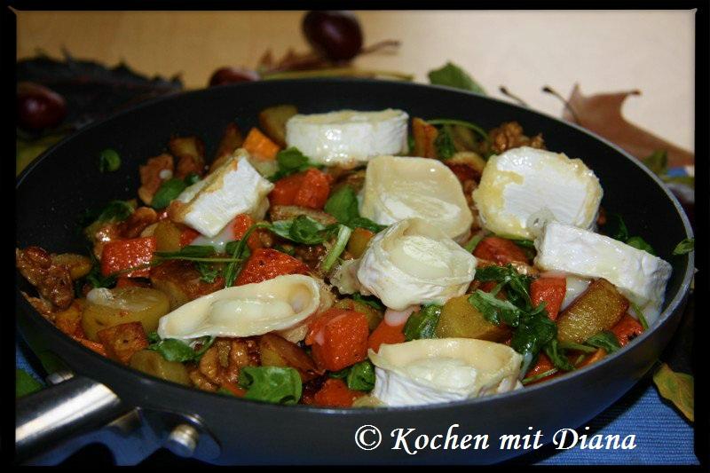 Kartoffel-Kürbis-Pfanne mit Ziegenkäse