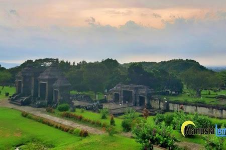 Situs Ratu Boko, Warisan Sejarah Nan Eksotik di Atas Bukit