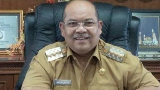 Waduh, Bupati Kutai Timur Beserta Istri Ditangkap KPK. Rumah Dinas di Sangatta Disegel Pula!!
