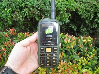 Hape HT Walkie Talkie Brandcode B68 UHF Powerbank 10000mAh Beltklip
