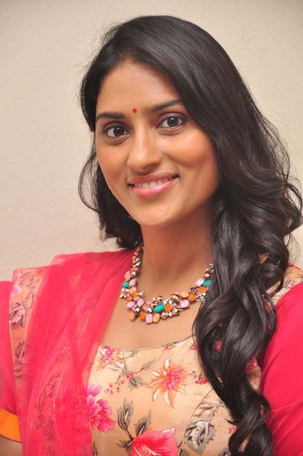 Crrush Telugu Movie Actress Sri Sudha Sexy Photos Actress Trend