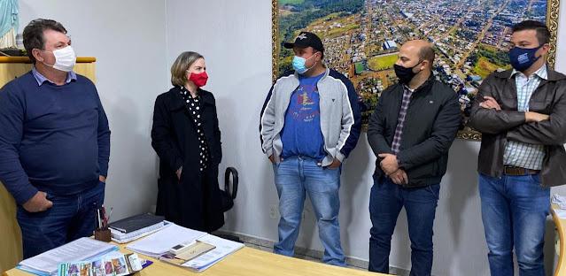 Manoel Ribas: Prefeito Corona se encontra com Gleisi Hoffmann
