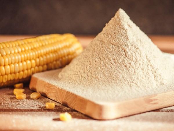 Làm đẹp hiệu quả tự nhiên với bột ngô