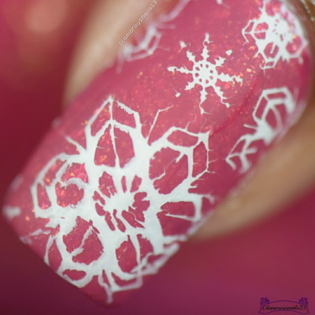 Challenge Your Nail Art Day 3 - Snowflakes