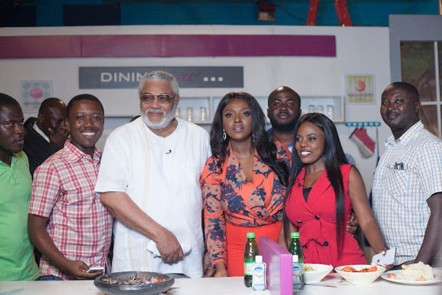 """Photos: Ex President Jerry John Rawlings Shows Cooking Skills On Yvonne Okoro's TV Show """"Dining With"""""""