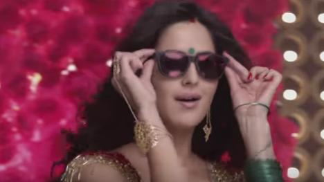 Kala Chashma Lyrics - Sidharth Malhotra, Katrina Kaif