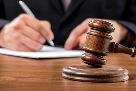 Hat év börtönre ítéltek egy tatabányai hitoktatót gyermekpornográfia miatt